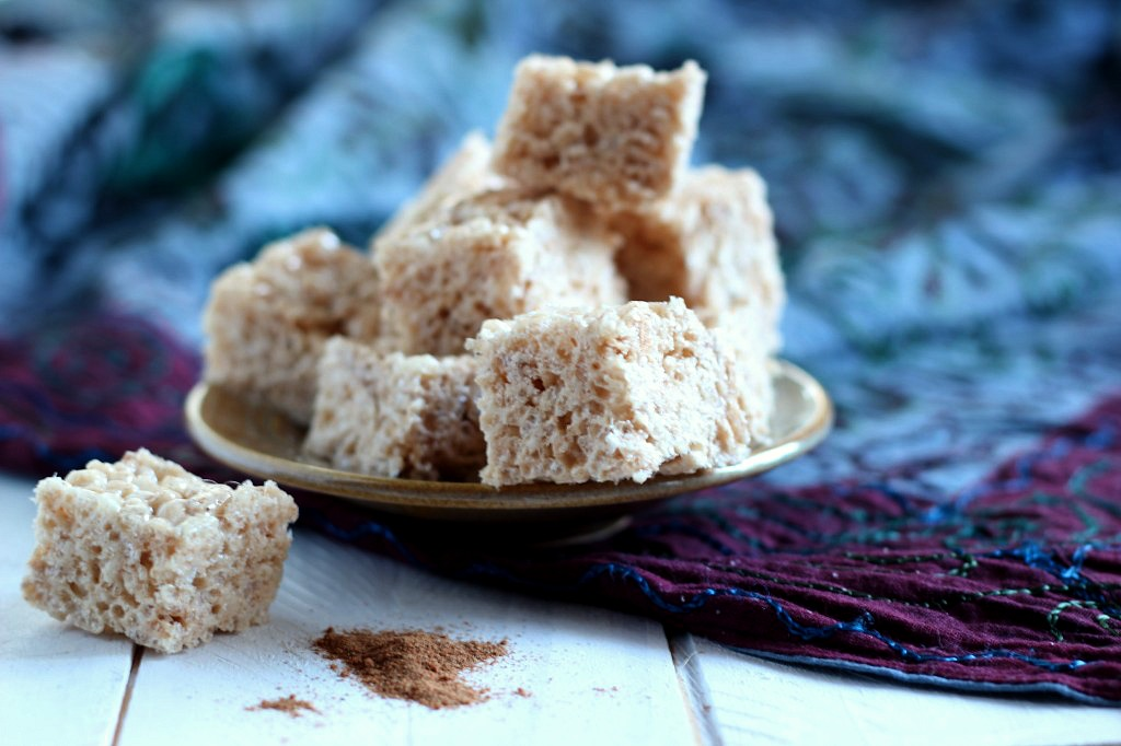Brown Butter Chai Rice Krispie Squares | www.purplehousecafe.com