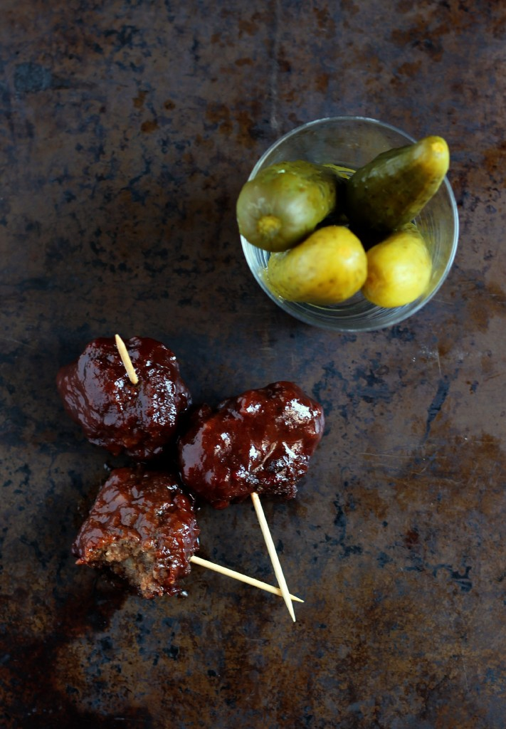 Grape Jelly Meatballs | www.purplehousecafe.com